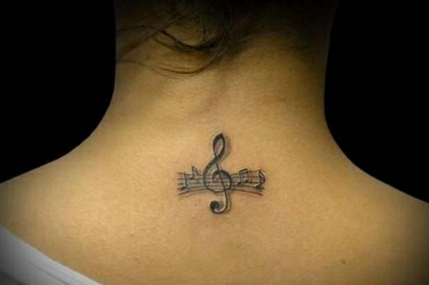 Скрипичный ключ тату белый