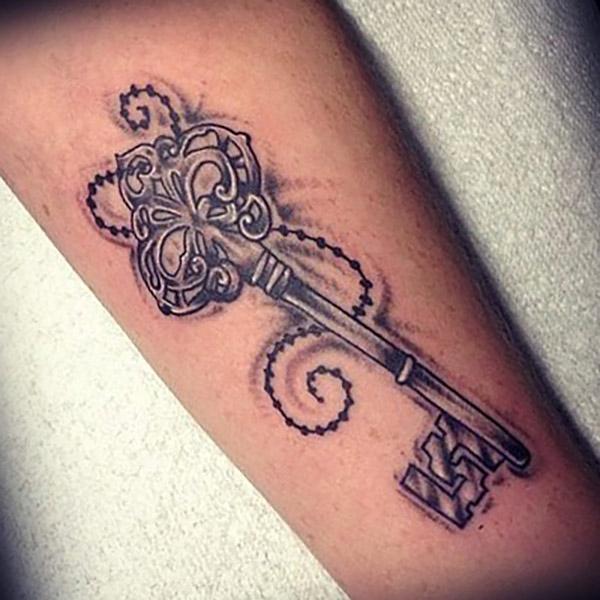 Татуировка ключ у парней