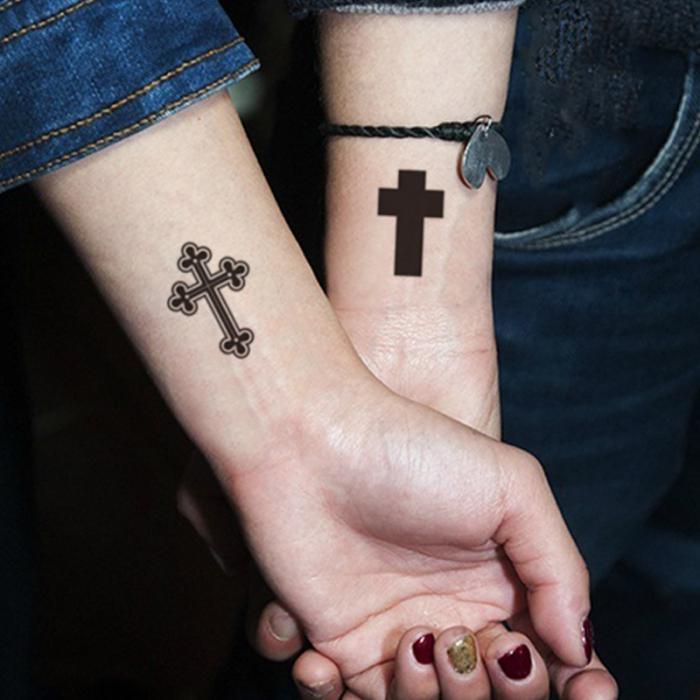 тату крест на руку фото